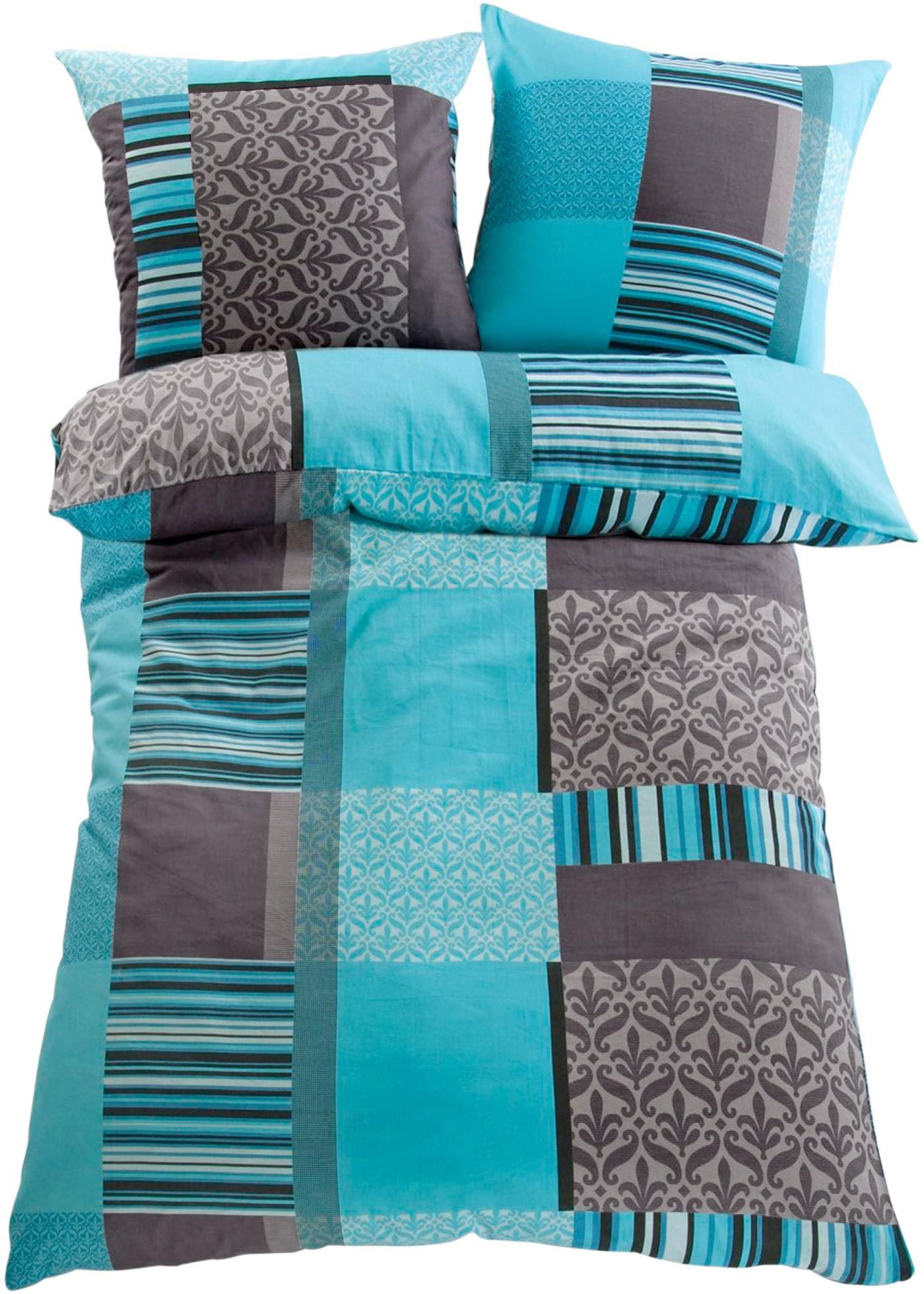 Linge de lit imprimé de motifs graphiques. Plusieurs coloris et différentes matières au choix. Existe en parure 2 ou 4 pièces.