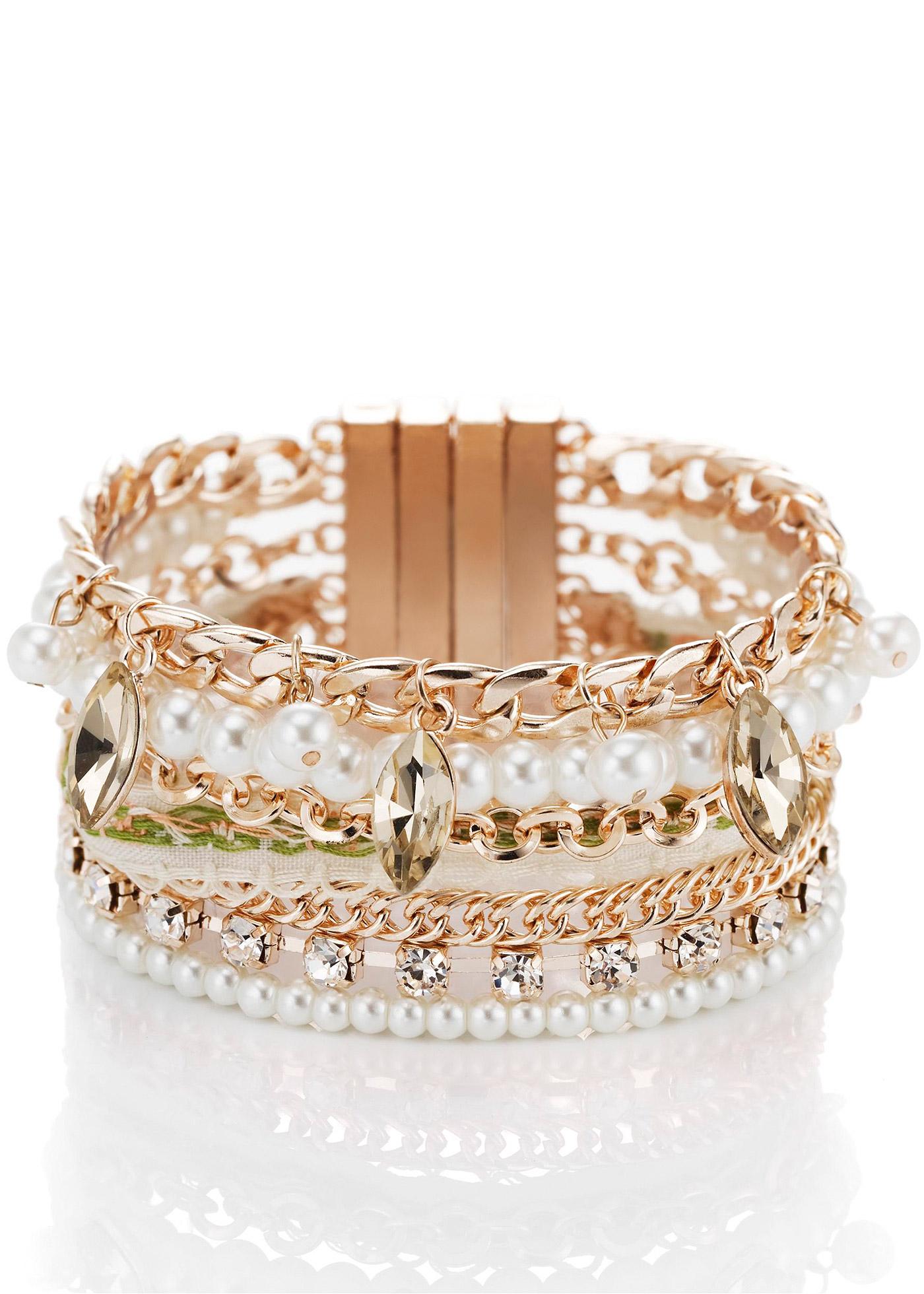 Bracelet élégant de Bodyflirt alternant perles fantaisie et éléments métalliques. Aimants amovibles pour régler la longueur du bracelet.