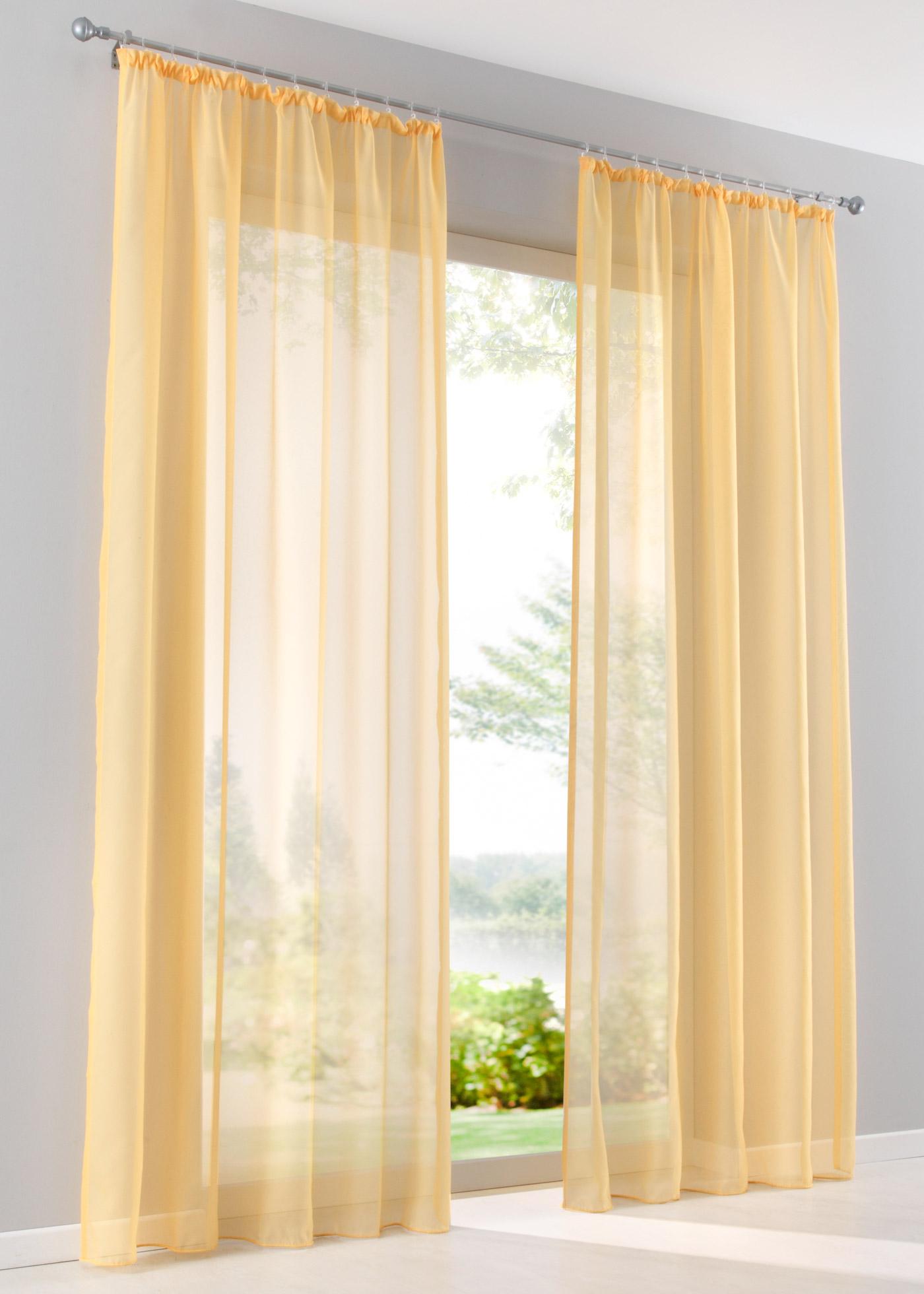 """Voilage transparent, tissu fluide et léger, base lestée, accrochage par galon fronceur, œillets ou pattes, lavable et facile d""""entretien."""