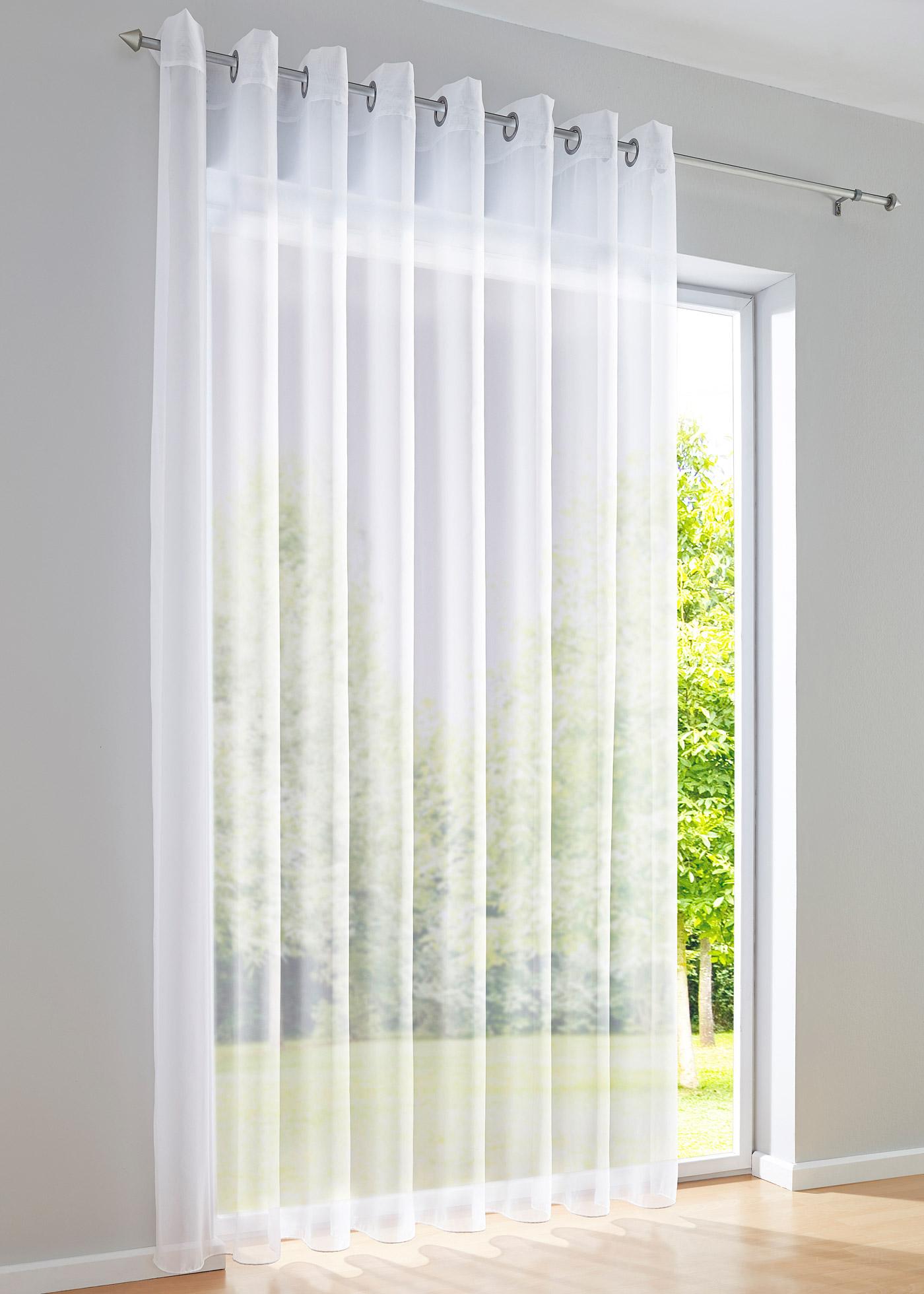 """Style épuré. Décoration de fenêtre en voile uni avec base lestée pour un tombé magnifique, accrochage par galon fronceur. Nous conseillons de commander 3 fois la largeur de votre fenêtre, dimensions = dimensions du tissu, lavable et facile d""""entretie"""