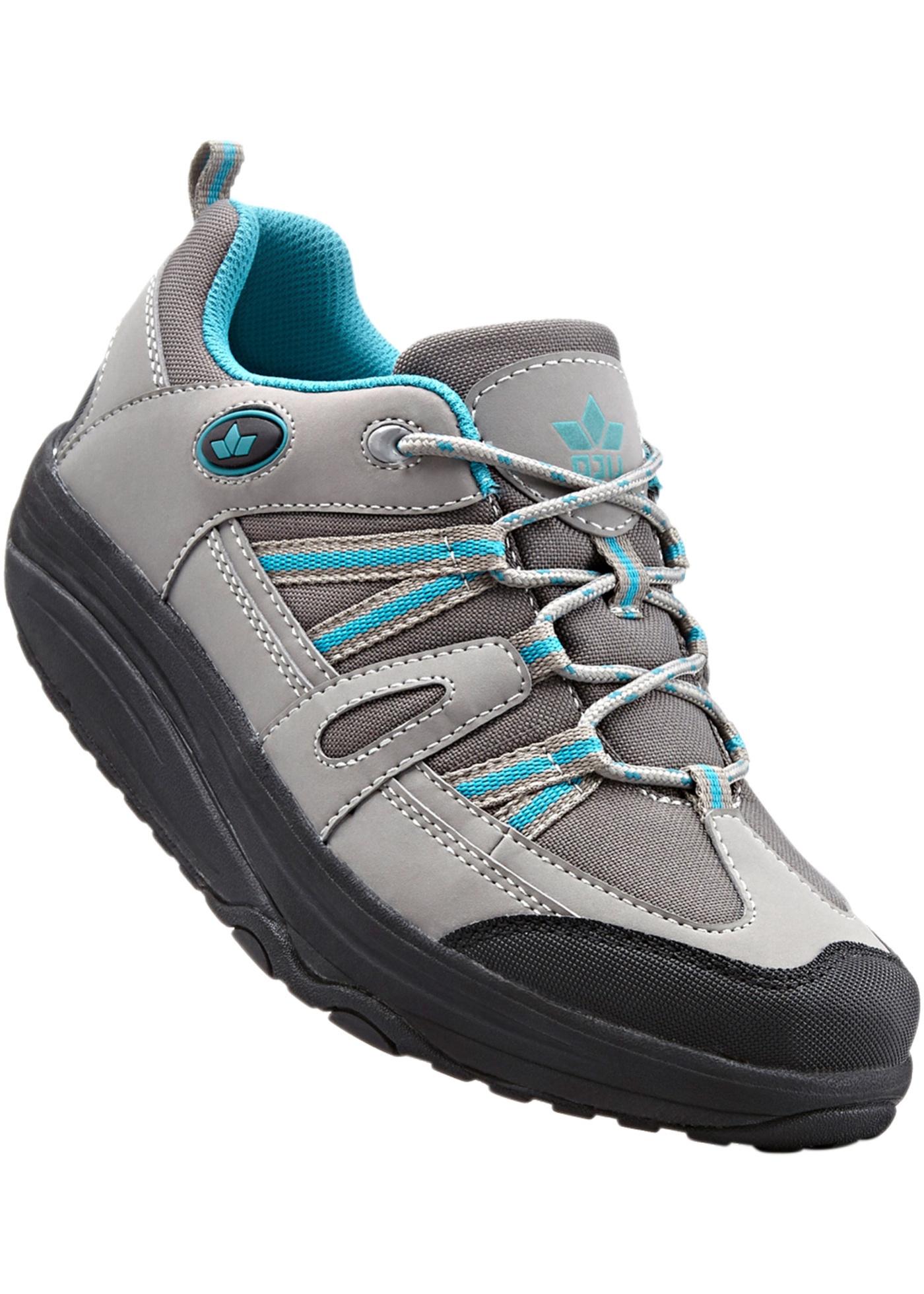 Sportives et confortables, avec lacets, plateau : 4 cm.