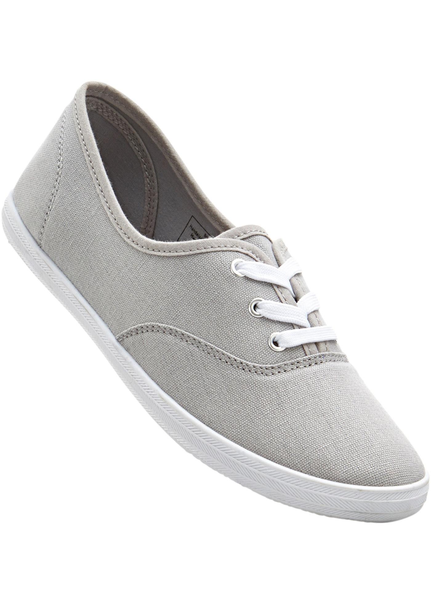 Chaussures estivales légères, style sportif et tendance, avec lacets.
