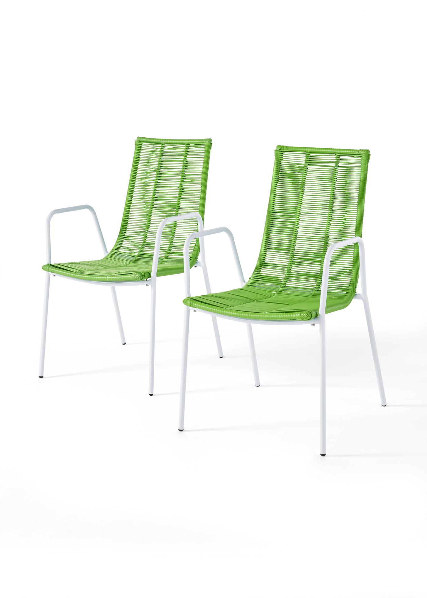 """Lot de 2 chaises. Assise et dossier en synthétique tressé. Hauteur d""""assise env. 42 cm, profondeur d""""assise env. 44 cm. Capacité de charge env. 110 kg. Livraison avec une notice de montage."""