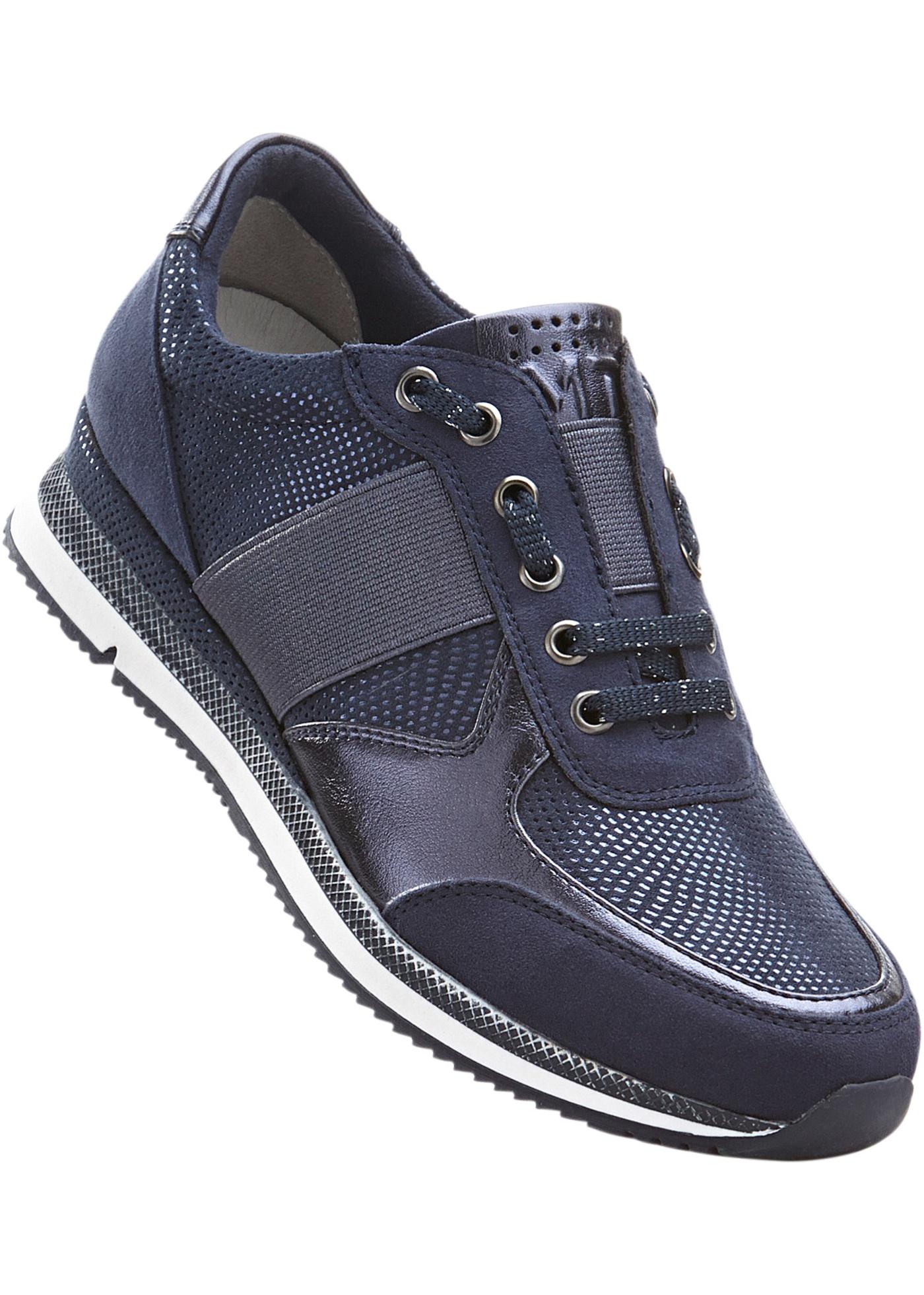 """Sneakers avec semelle extérieure profilée, première douce rembourrée, lacets décoratifs avec élastique d""""aisance."""