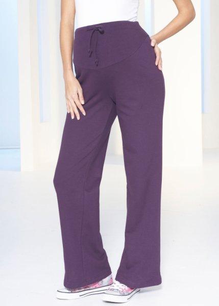 Le pantalon de jogging de grossesse