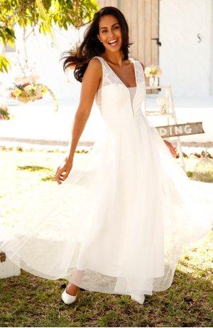 épinglé Par Dreams By Jennifer Sur Bridal Dresses Robe